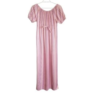 VINTAGE / 70's Off the Shoulder Pattern Nightgown